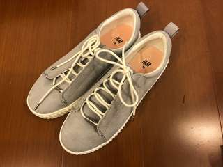 🚚 H&M灰色厚底休閒鞋