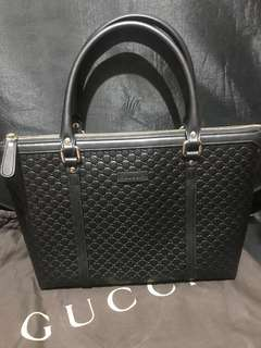 Gucci micro GG shoulder bag (black)