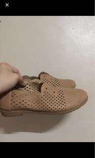 Comfy oxford shoes