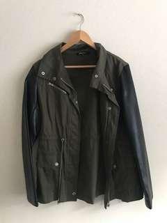 Beginning boutique Jacket size 14