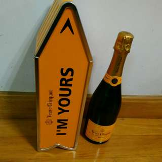 Veuve Clicquot Champagne I am yours 限量版