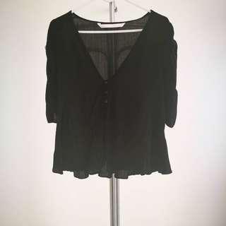 Zara Trafaloc V Neck Ruffled Sleeves S