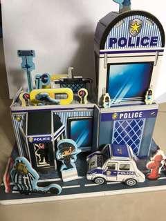 二手立體拼圖之警察局