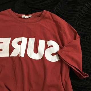 🚚 喜氣洋洋紅 T恤 上衣 倒反英文字母
