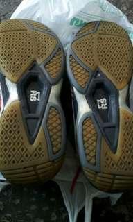 Di jual Sepatu RS size 41