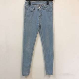 🚚 割愛😭含運Lativ淺藍可拆式兩穿藍色吊帶褲(牛仔褲)無印風