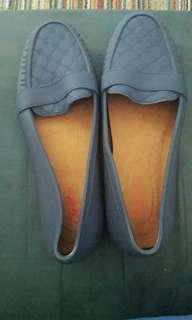 Sepatu jelly glaston