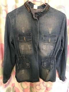 🚚 Denim jacket for women