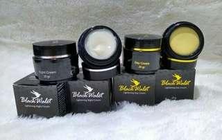 Cream walet black