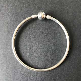 Pandora Bracelet 手鐲 $150限郵寄不議價