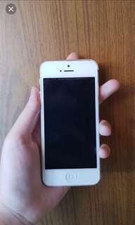 DAPAT 2 HP iphone 5 32 GB Silver Iphone 5s 32GB Silver