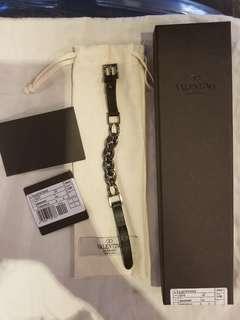 Valentino 男裝黑色皮帶手鍊(原價2000)