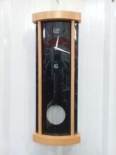 CLOCK WALL PENDULUM