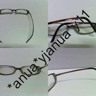 (二手品) 真品 Burberry 棗紅色眼鏡 連眼鏡盒 glasses with box