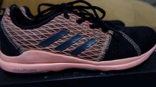 Adidas Arianna Cloudfoam Size 5 1/2