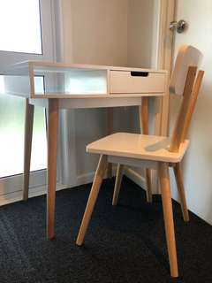 Desk & chair!