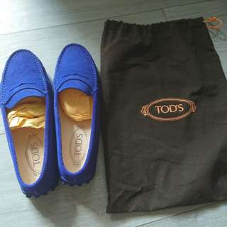 (90% new) Tod's Shoes loafers