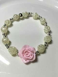 Beaded flower bracelet