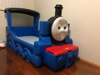 Thomas train toddlers bed