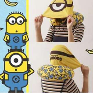 Minions travel pillow with hat