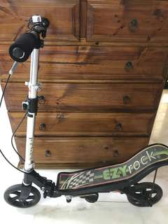 EzyRock Space Scooter