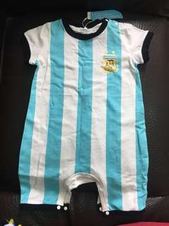 🚚 嬰兒足球服_2018世界盃足球(阿根廷球衣73cm)