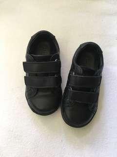 Preloved 💞 ARMANI Junior  kids shoes