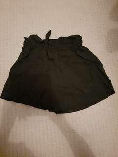 H&M Black Paper bag shorts