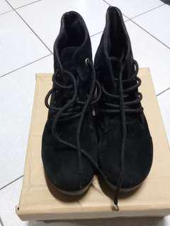 🚚 黑色絨布厚底高跟鞋 可換物
