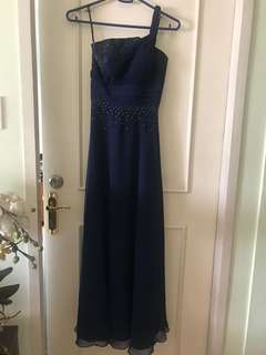 Elegant Midnight Blue Gown