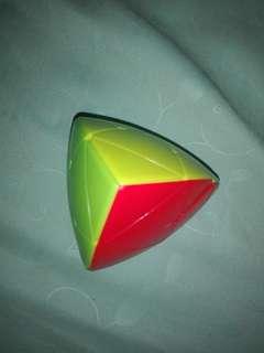 Triangular Rubik's Cube [MasterMorphix]