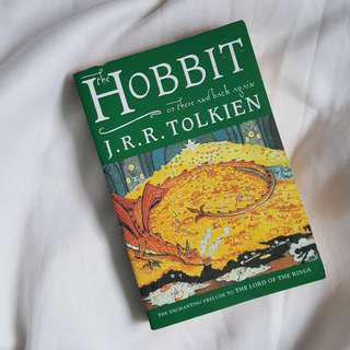 🚚 The Hobbit - J.R.R. Tolkien