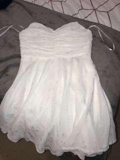 New with tag beautiful white dress