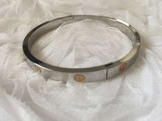 CARTIER Bangle Replica