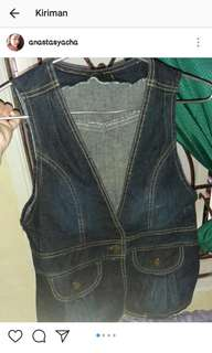 Rompi jeans, good condition.