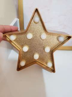 Marquee Light Gold Star