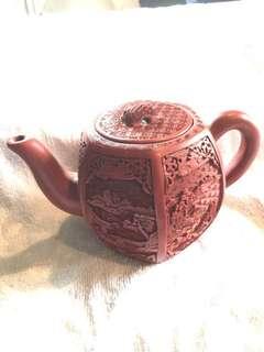 紫砂大師陳紅娟親製 剔紅精雕紫砂壺 兩只