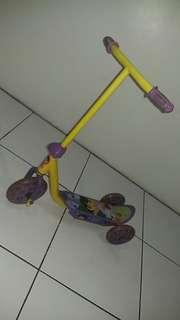 Dora the explorer scooter for kids