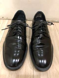 AUTHENTIC TODDS BLACK OXFORD SHOES