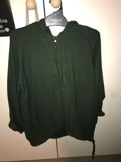 GREEN PULL OVER HIPPIE STYLE