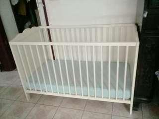🚚 IKEA    二手嬰兒床