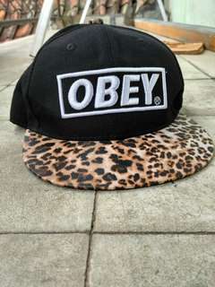 Topi Obey