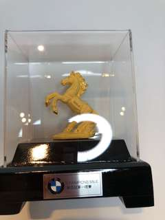 BMW Gold horse