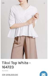 This is April Tikvi Top White
