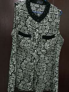 Black and White Vintage top