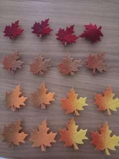 Assorted felt leaves pegs