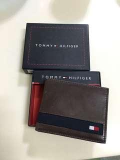 [Big sales] ❎跳樓價❎ - Tommy Hilfiger 啡色真皮銀包