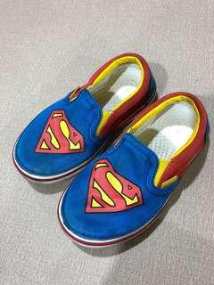 Crocs童鞋 適合腳長小於15.5公分