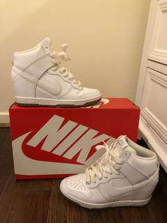 Nike shoes, sz6 (36), used, bought 160 in Hype City. Nikefever