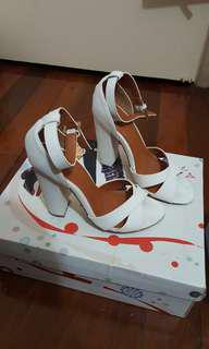 White strap heels sz 6